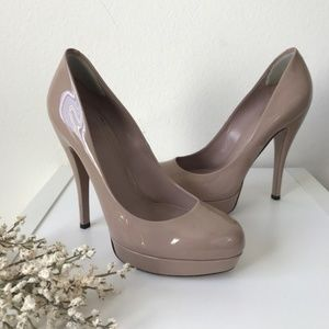 Gucci Nude Patent Leather Heels Pumps